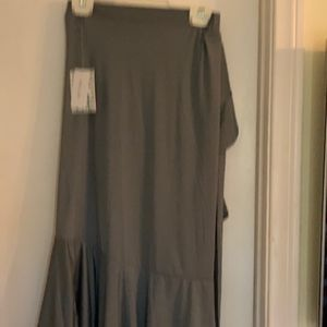 Bella skirt, med grey, hard to find